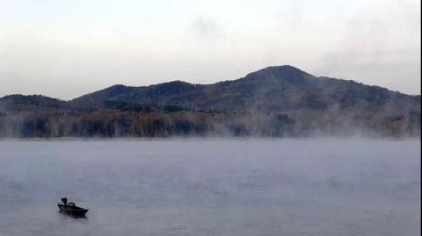 吉林新安水库水利风景区始建于1969年,位于舒兰市东南部,吉林市北部