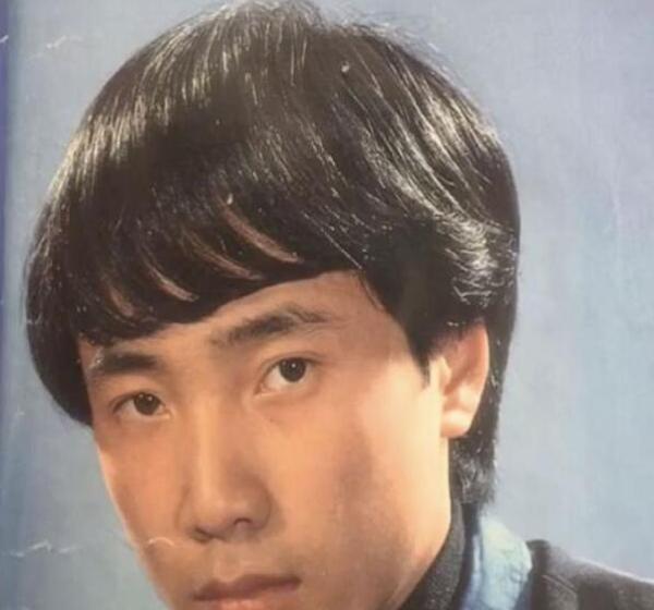 曾当过发型模特!徐峥自曝:20岁开始脱发,狂抹生姜都没