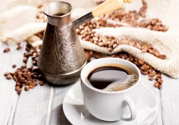 体脂管理师告诉你:减肥期如何喝咖啡能够有助减脂,否则适得其反
