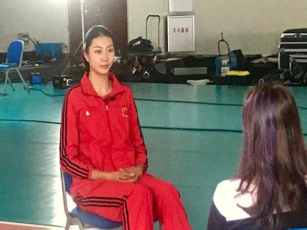 中国女排名将,发微博了,瘦了好多,朱袁张李恐将一篇语文教学初中图片